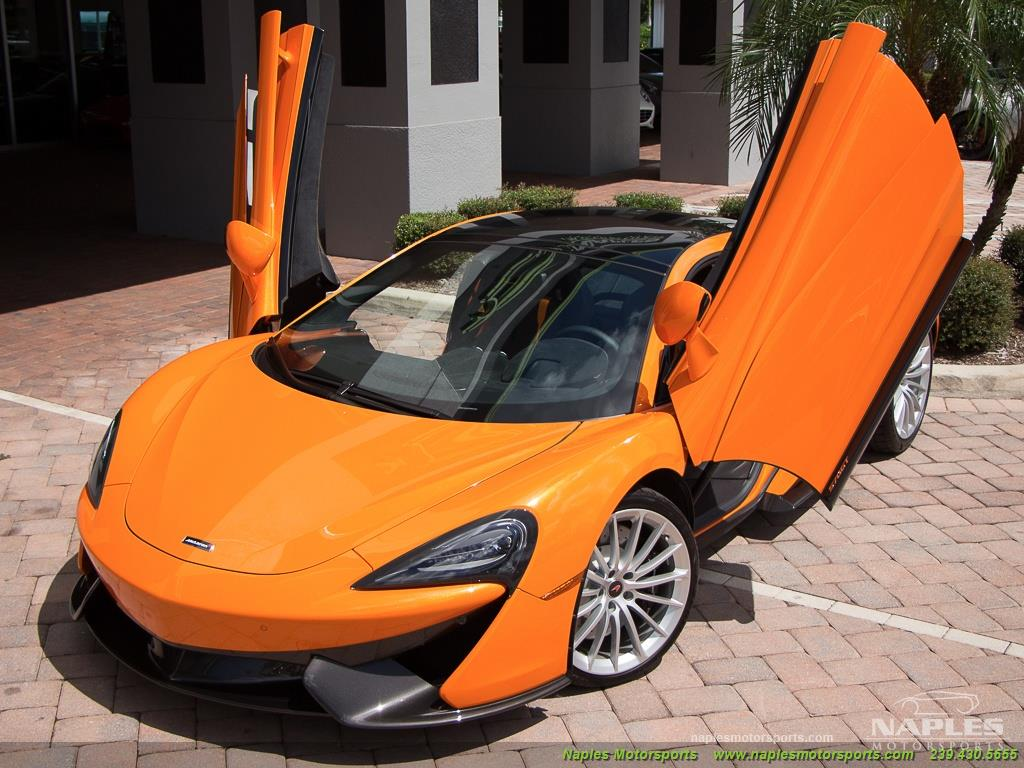 2017 McLaren 570GT - Photo 49 - Naples, FL 34104