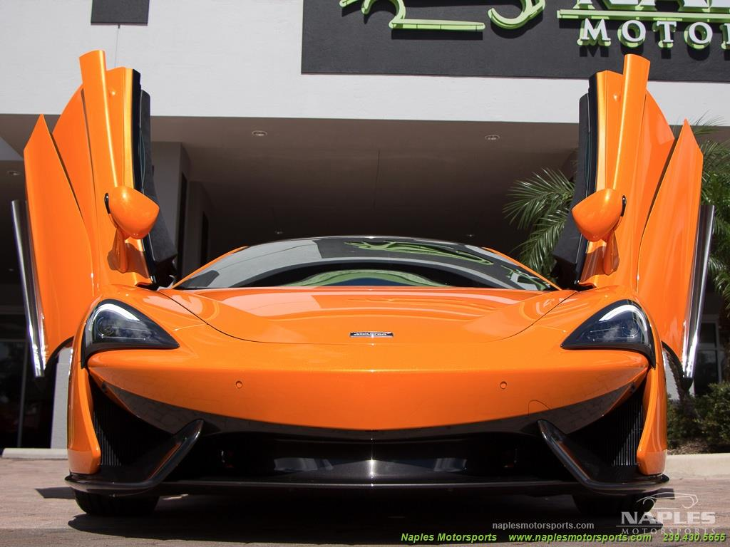 2017 McLaren 570GT - Photo 32 - Naples, FL 34104