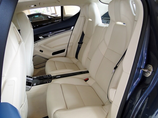 2010 Porsche Panamera Turbo - Photo 24 - Naples, FL 34104