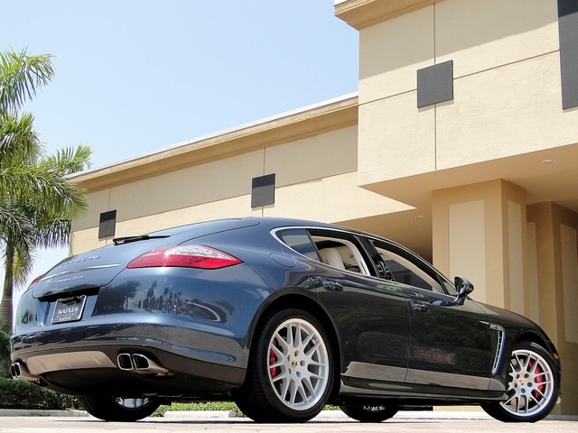 2010 Porsche Panamera Turbo - Photo 4 - Naples, FL 34104