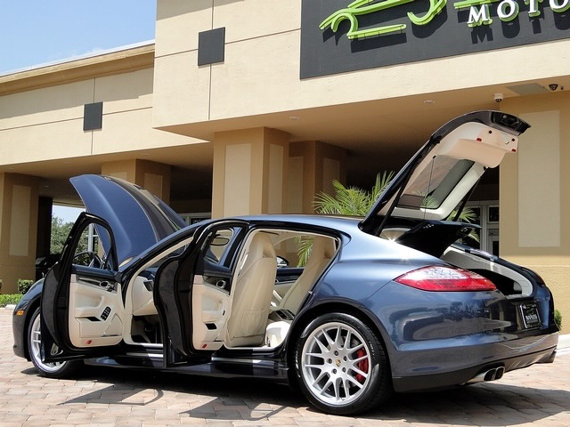 2010 Porsche Panamera Turbo - Photo 11 - Naples, FL 34104