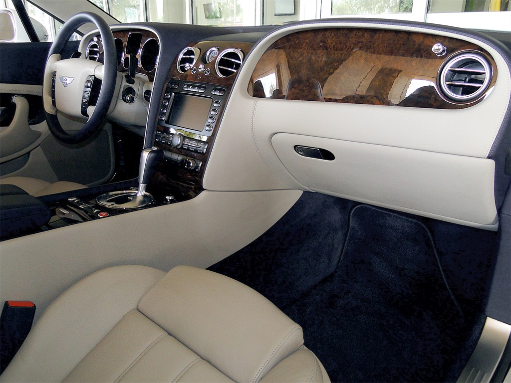 2007 Bentley Continental GTC - Photo 31 - Naples, FL 34104