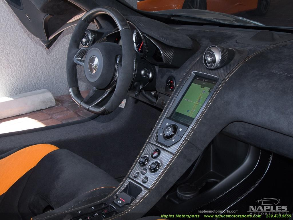 2016 McLaren 675LT Spider - Photo 23 - Naples, FL 34104
