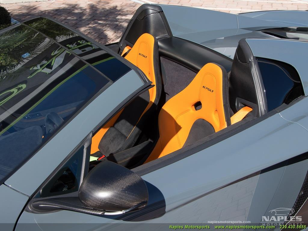 2016 McLaren 675LT Spider - Photo 17 - Naples, FL 34104