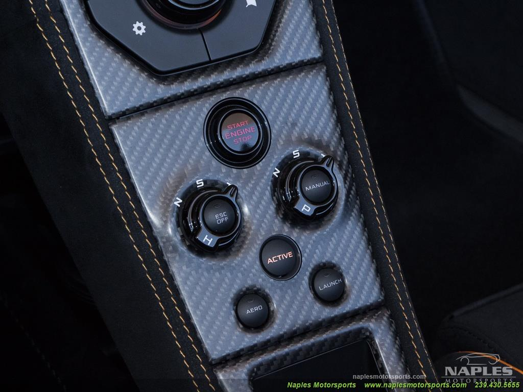 2016 McLaren 675LT Spider - Photo 28 - Naples, FL 34104