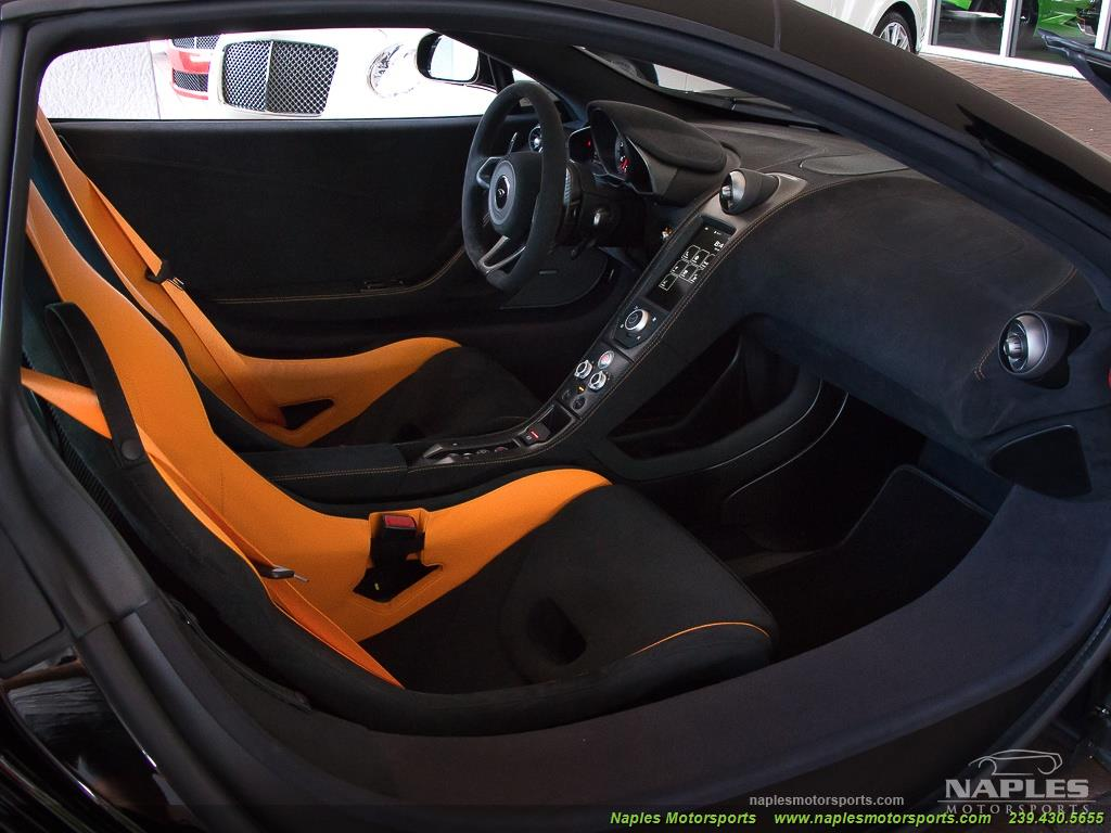 2016 McLaren 675LT - Photo 23 - Naples, FL 34104