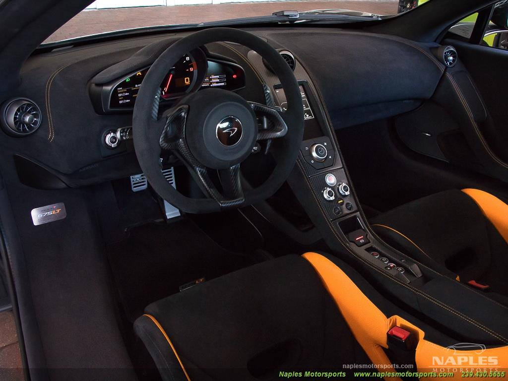 2016 McLaren 675LT - Photo 13 - Naples, FL 34104