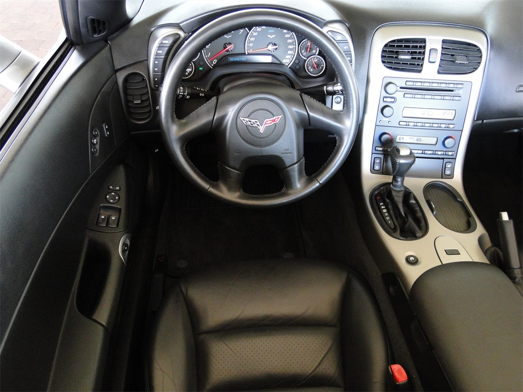 2005 Chevrolet Corvette - Photo 22 - Naples, FL 34104