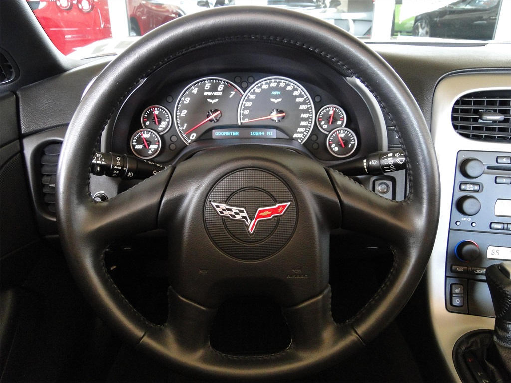 2005 Chevrolet Corvette - Photo 30 - Naples, FL 34104