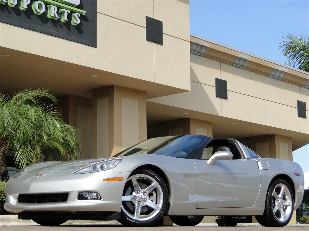2005 Chevrolet Corvette - Photo 16 - Naples, FL 34104