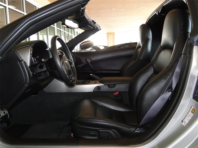 2005 Chevrolet Corvette - Photo 2 - Naples, FL 34104
