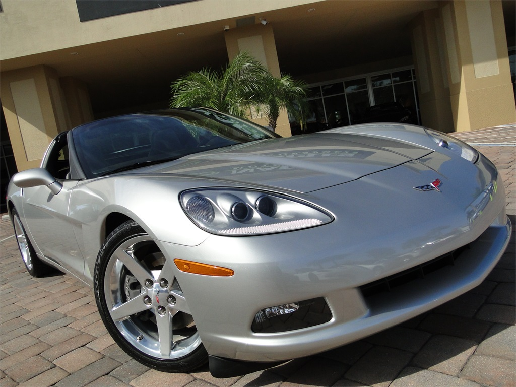 2005 Chevrolet Corvette - Photo 52 - Naples, FL 34104