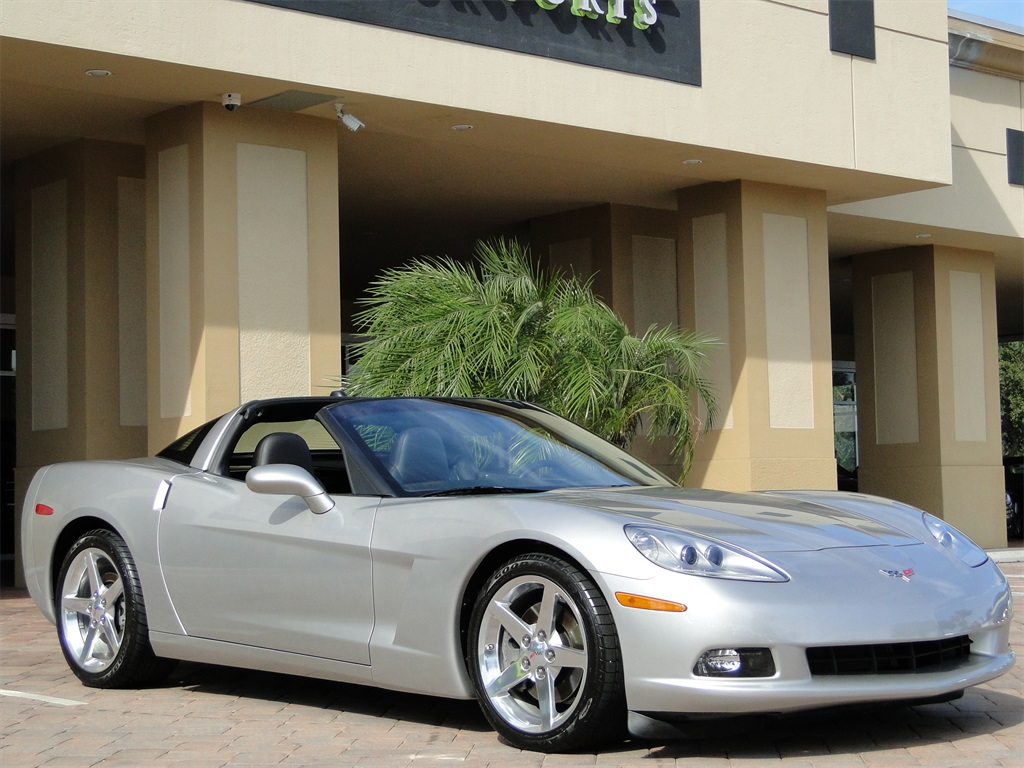 2005 Chevrolet Corvette - Photo 5 - Naples, FL 34104