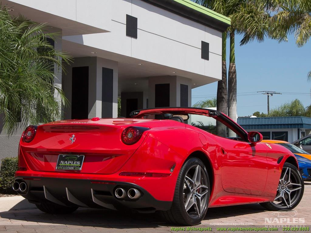 2017 Ferrari California T - Photo 28 - Naples, FL 34104