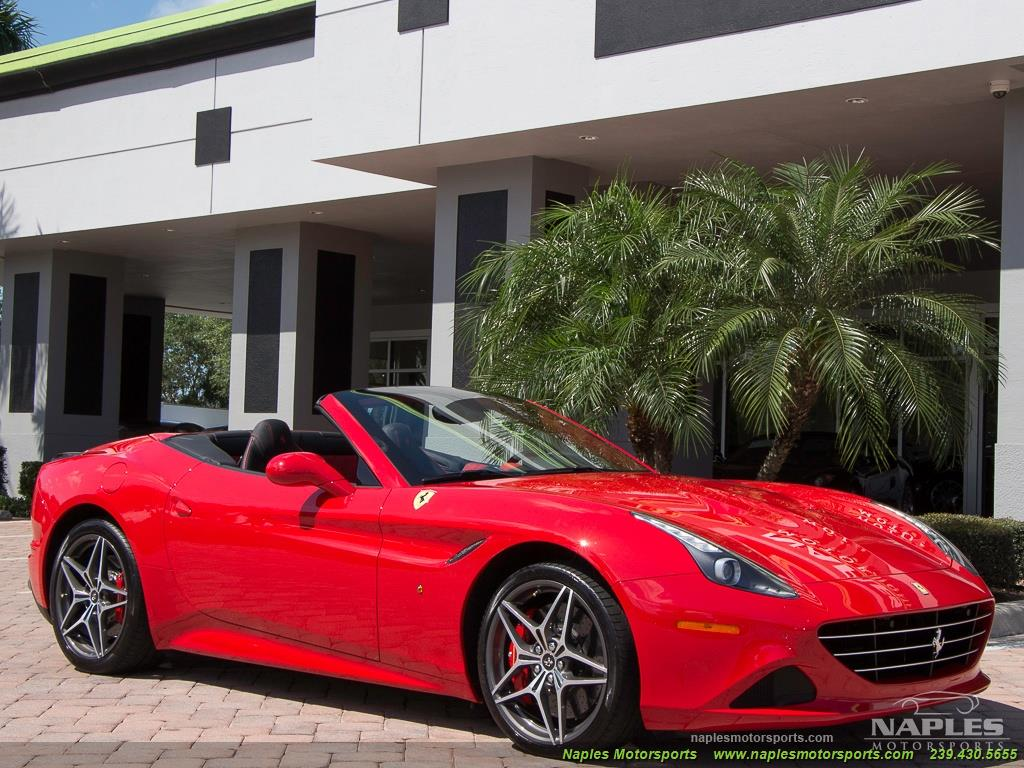 2017 Ferrari California T - Photo 32 - Naples, FL 34104