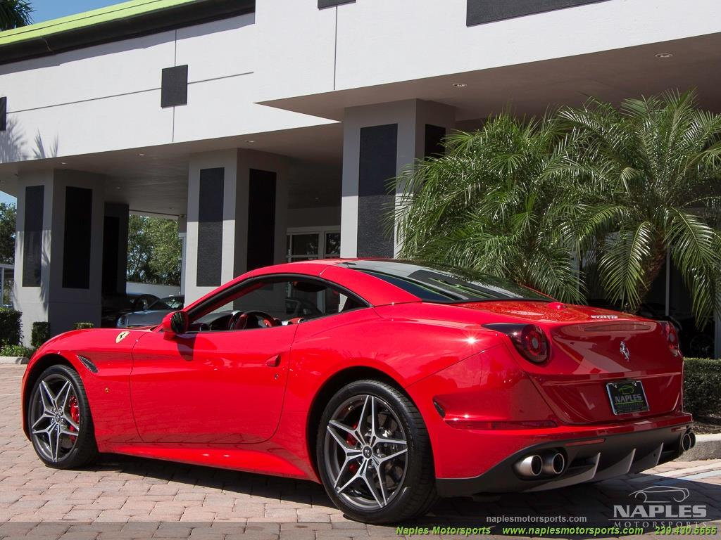 2017 Ferrari California T - Photo 58 - Naples, FL 34104