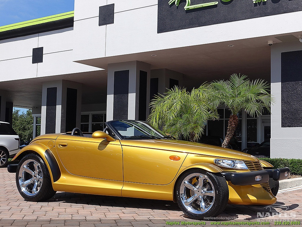 2002 Chrysler Prowler - Photo 16 - Naples, FL 34104