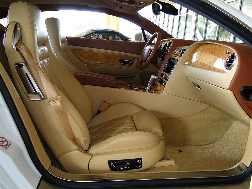 2006 Bentley Continental GT - Photo 43 - Naples, FL 34104