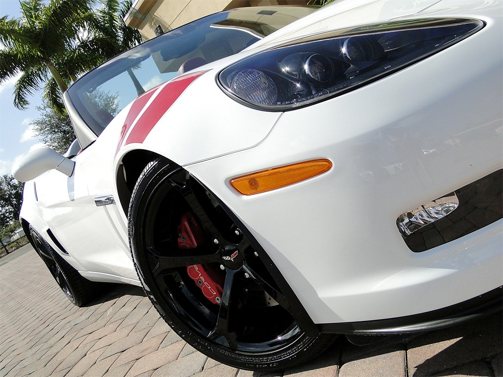 2013 Chevrolet Corvette Z16 Grand Sport Convertible - Photo 32 - Naples, FL 34104