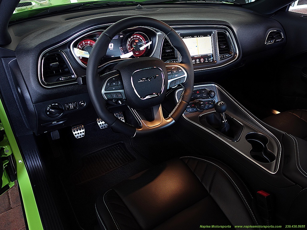 2015 Dodge Challenger SRT Hellcat - Photo 8 - Naples, FL 34104
