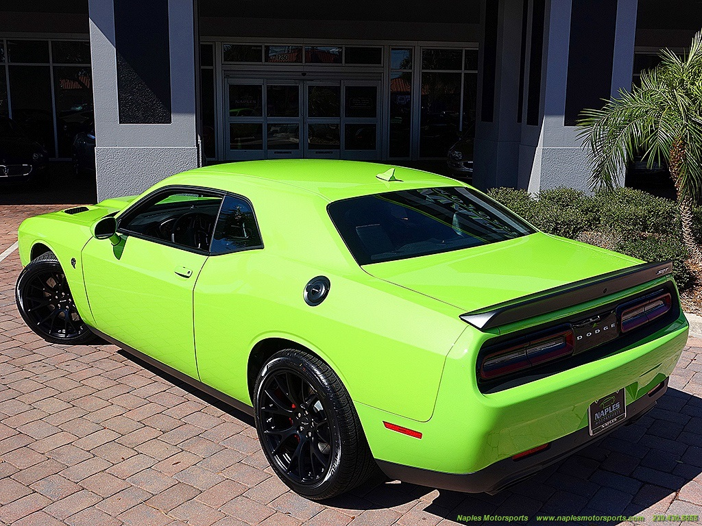 2015 Dodge Challenger SRT Hellcat - Photo 6 - Naples, FL 34104