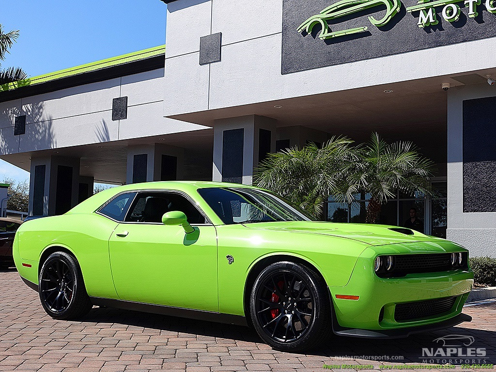 2015 Dodge Challenger SRT Hellcat - Photo 24 - Naples, FL 34104