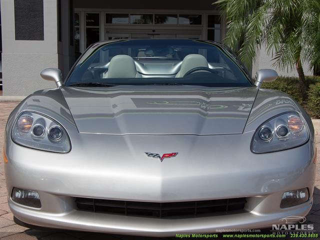2008 Chevrolet Corvette Convertible - Photo 4 - Naples, FL 34104