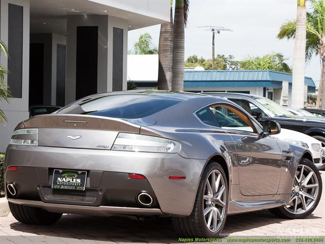 2012 Aston Martin Vantage - Photo 4 - Naples, FL 34104
