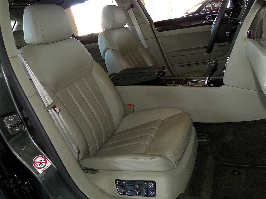 2006 Bentley Continental Flying Spur - Photo 11 - Naples, FL 34104