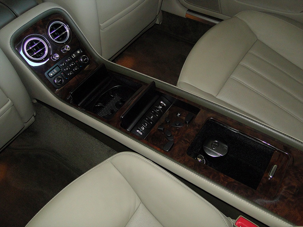 2006 Bentley Continental Flying Spur - Photo 25 - Naples, FL 34104