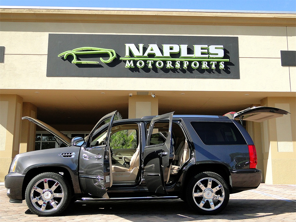2010 Cadillac Escalade Luxury AWD - Photo 55 - Naples, FL 34104