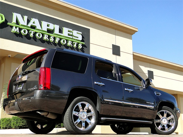 2010 Cadillac Escalade Luxury AWD - Photo 3 - Naples, FL 34104