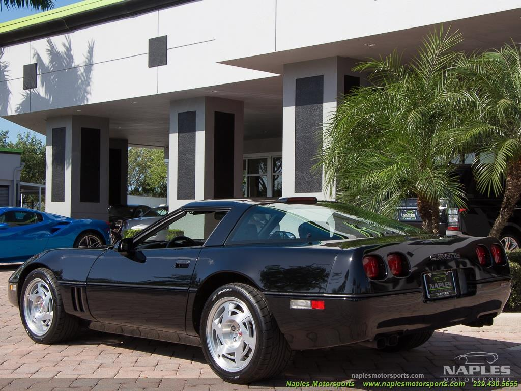 1990 Chevrolet Corvette ZR1 - Photo 5 - Naples, FL 34104
