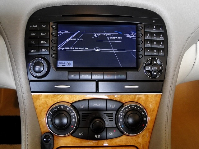 2006 Mercedes-Benz SL500 - Photo 36 - Naples, FL 34104