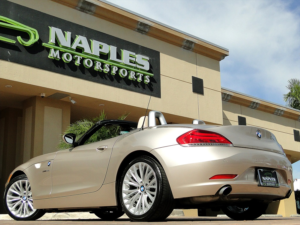 2010 BMW Z4 sDrive35i - Photo 49 - Naples, FL 34104
