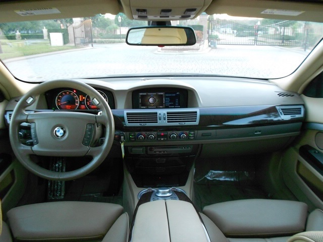 2008 BMW 750i - Photo 13 - Naples, FL 34104
