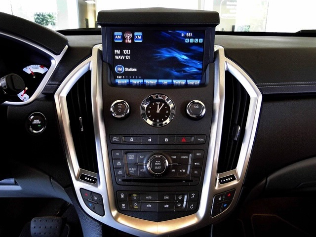 2010 Cadillac SRX Turbo Performance Collection - Photo 5 - Naples, FL 34104