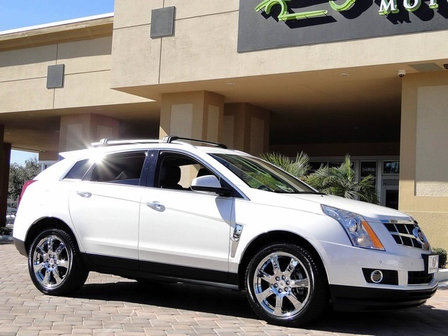 2010 Cadillac SRX Turbo Performance Collection - Photo 38 - Naples, FL 34104