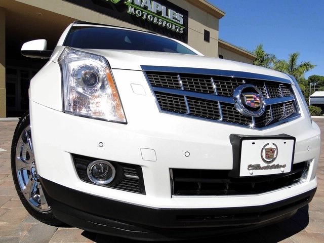 2010 Cadillac SRX Turbo Performance Collection - Photo 55 - Naples, FL 34104