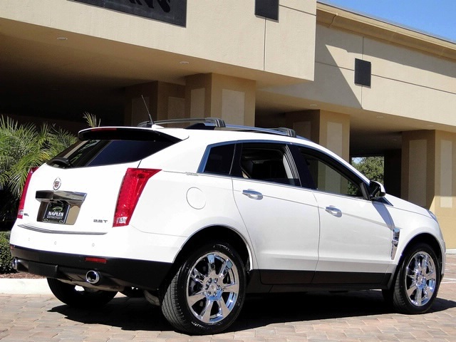 2010 Cadillac SRX Turbo Performance Collection - Photo 23 - Naples, FL 34104