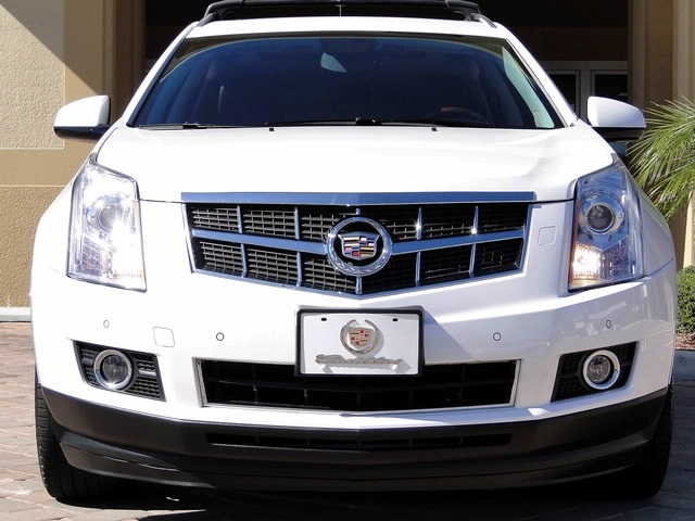 2010 Cadillac SRX Turbo Performance Collection - Photo 10 - Naples, FL 34104