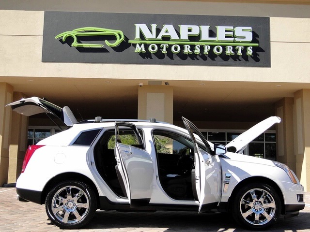 2010 Cadillac SRX Turbo Performance Collection - Photo 11 - Naples, FL 34104