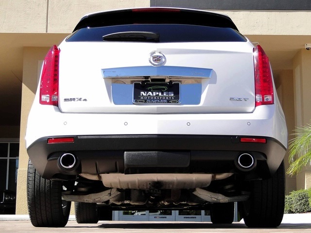 2010 Cadillac SRX Turbo Performance Collection - Photo 58 - Naples, FL 34104