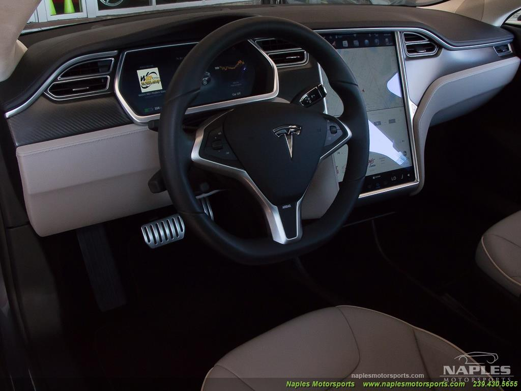 2013 Tesla Model S Performance - Photo 8 - Naples, FL 34104