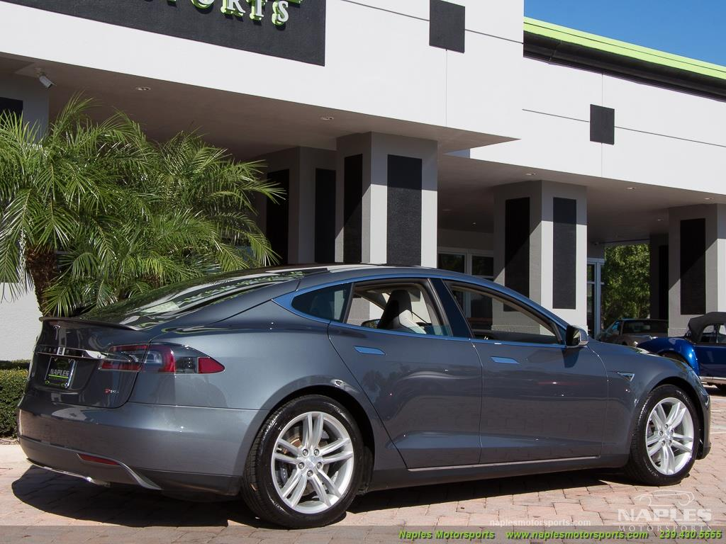 2013 Tesla Model S Performance - Photo 36 - Naples, FL 34104