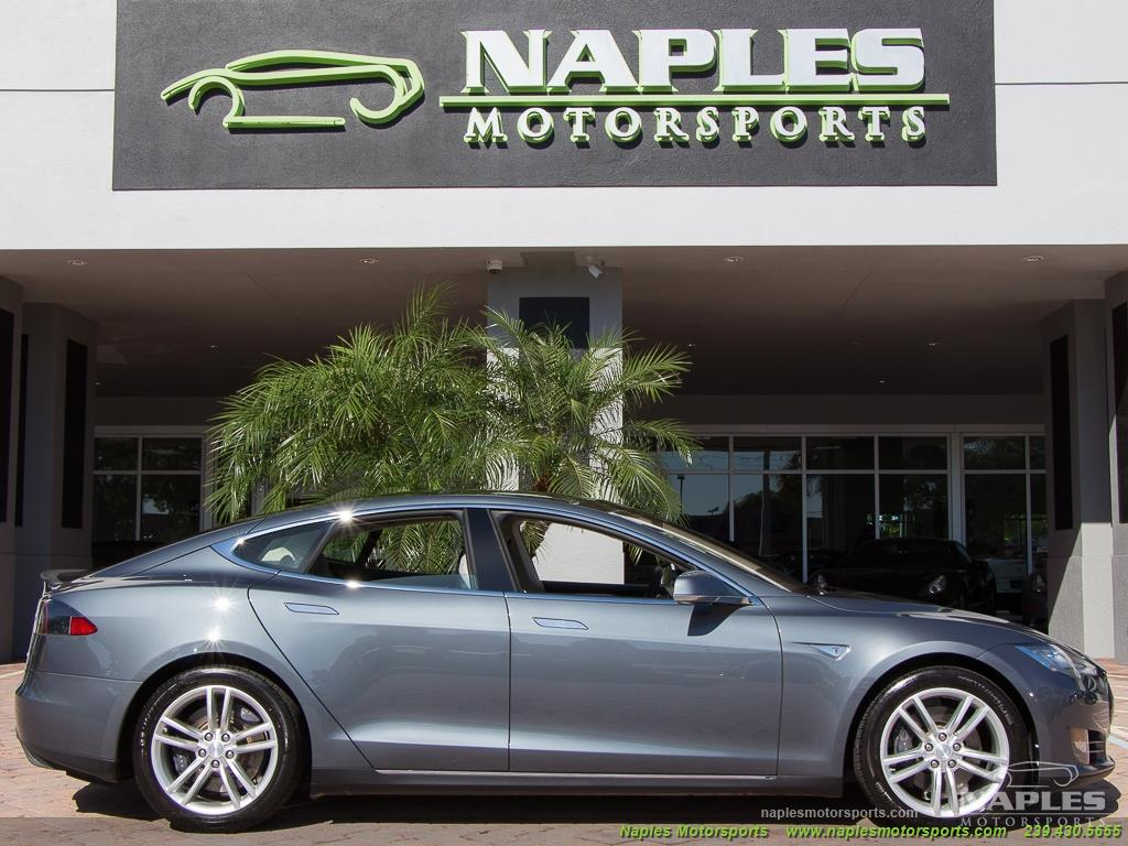 2013 Tesla Model S Performance - Photo 37 - Naples, FL 34104