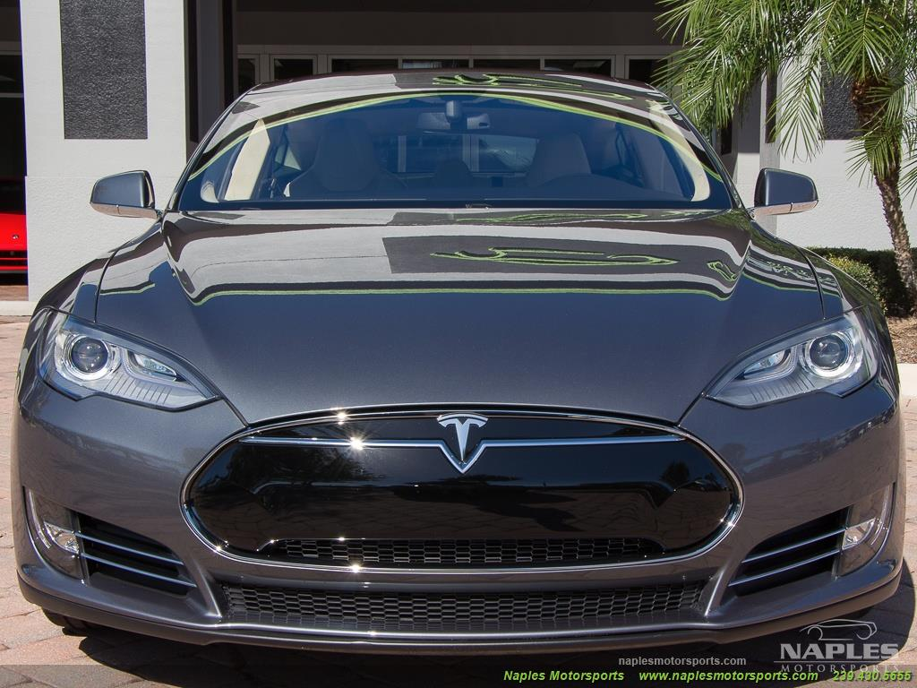 2013 Tesla Model S Performance - Photo 43 - Naples, FL 34104