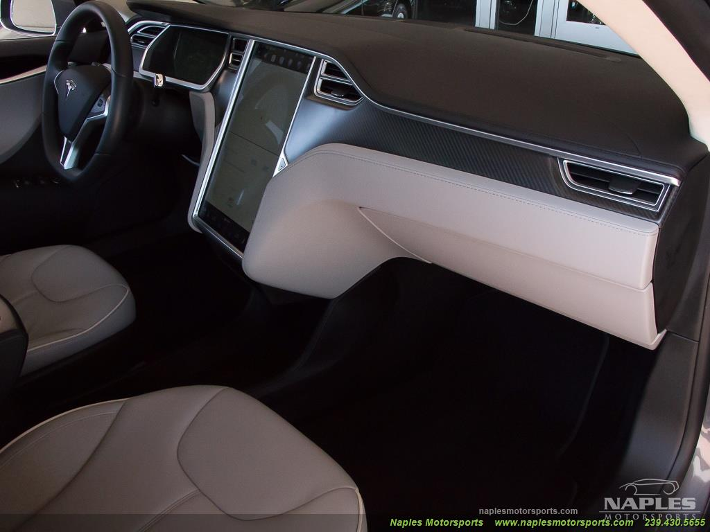 2013 Tesla Model S Performance - Photo 16 - Naples, FL 34104