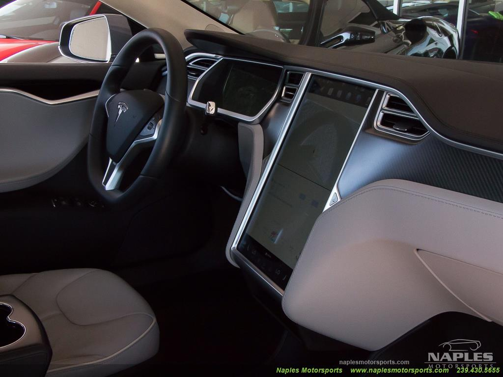 2013 Tesla Model S Performance - Photo 23 - Naples, FL 34104
