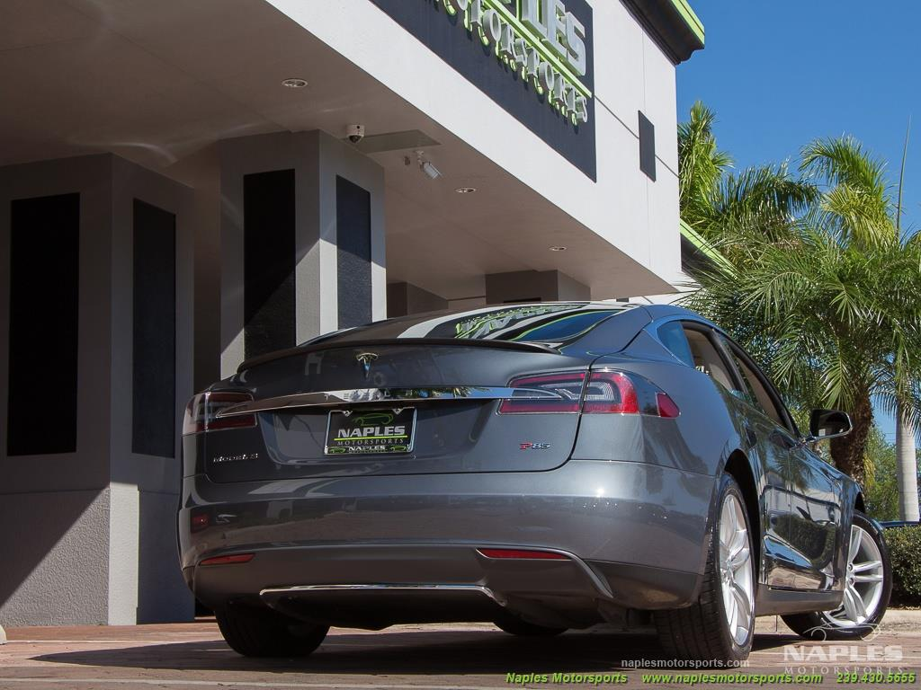 2013 Tesla Model S Performance - Photo 26 - Naples, FL 34104